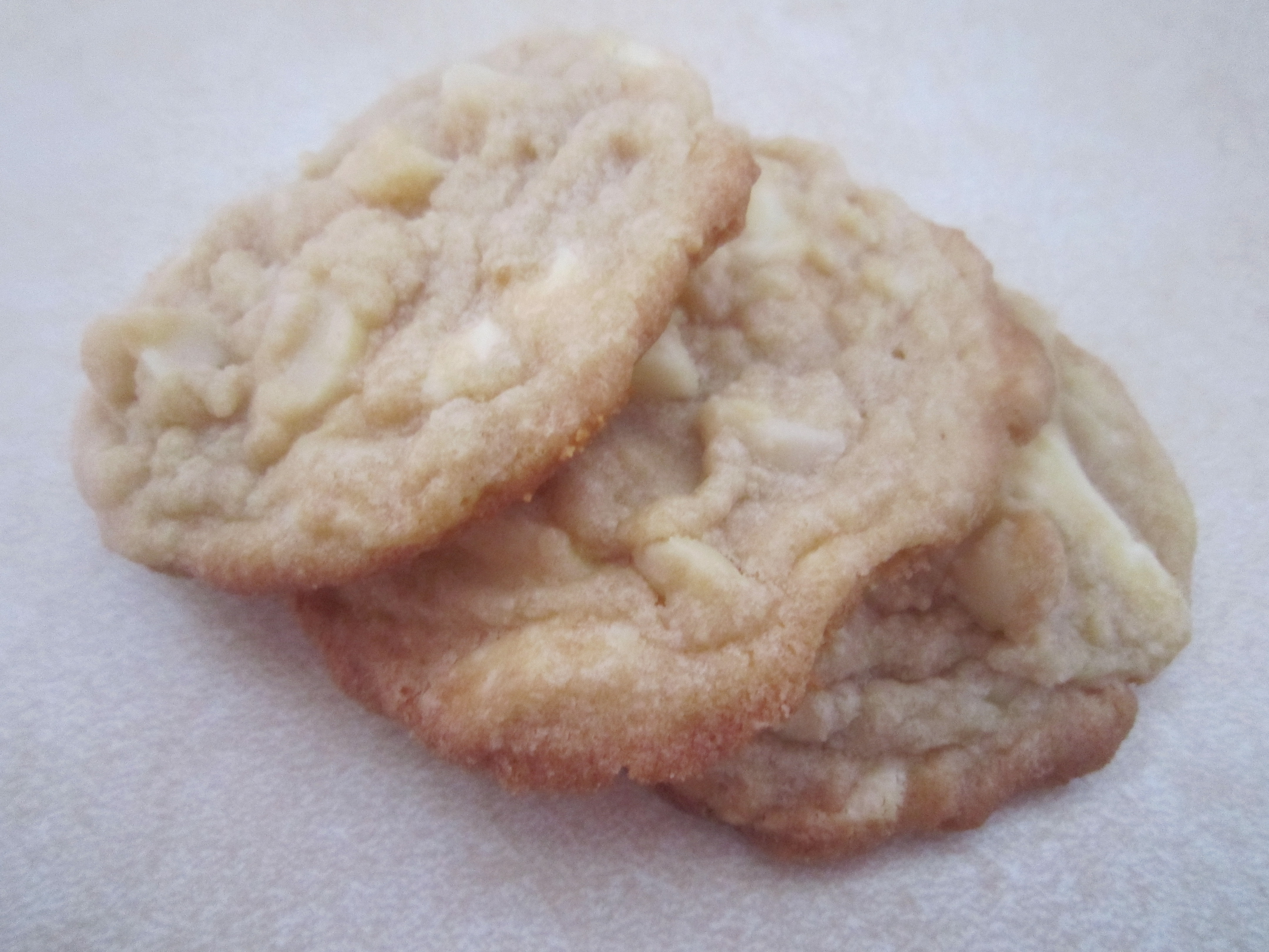White Chocolate Macadamia Nut Cookies - Warm Vanilla Sugar