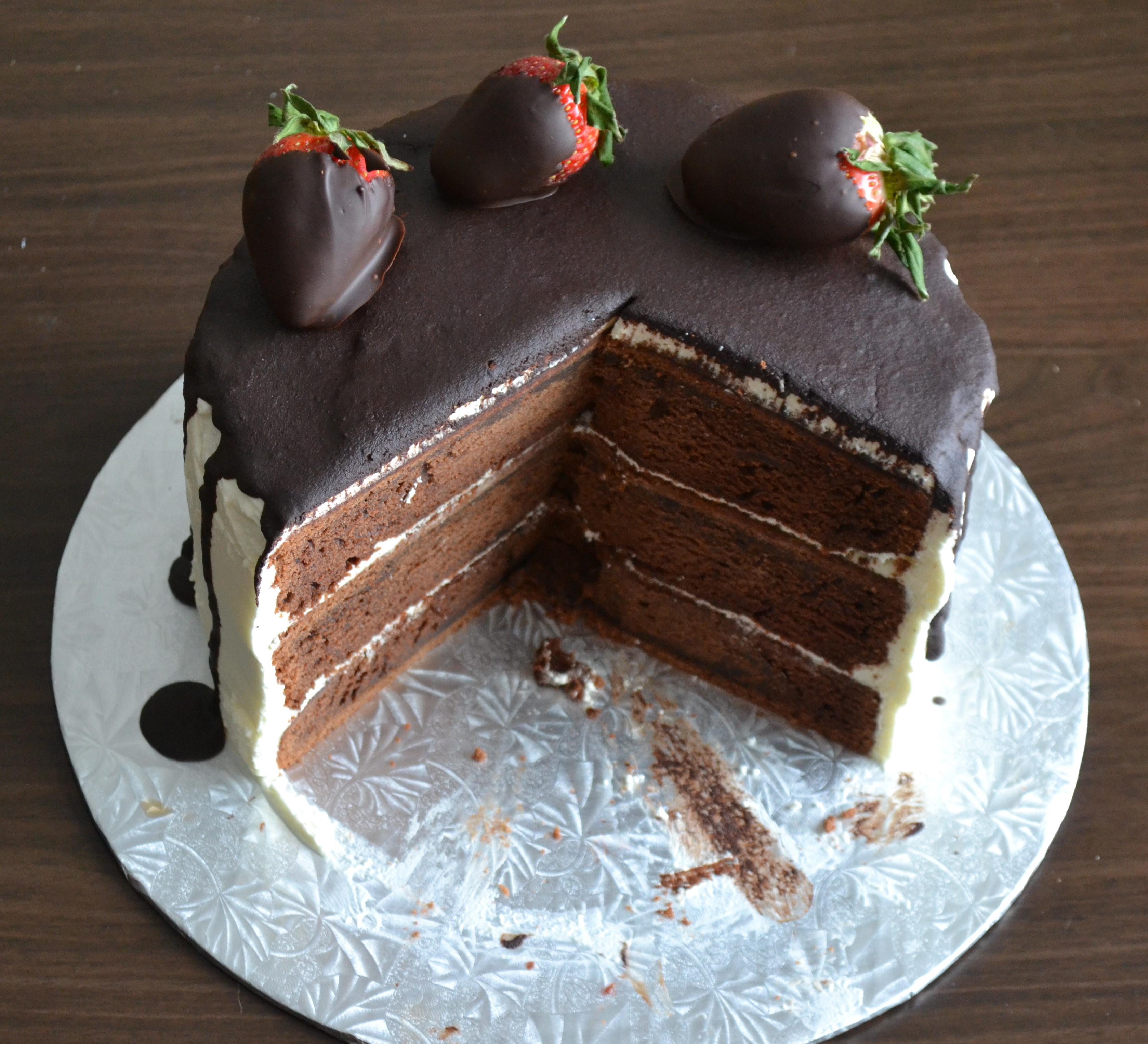 Tuxedo cake warm vanilla sugar for Best queen cake recipe