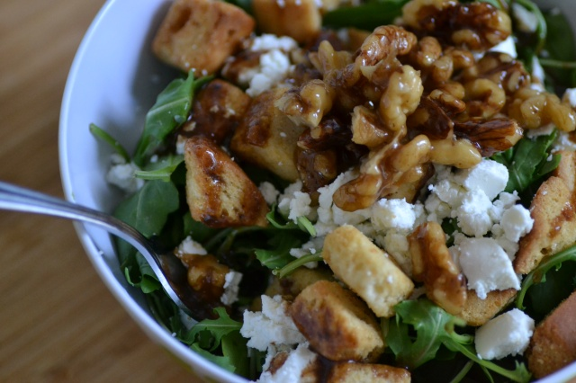 Arugula Salad with Goat Cheese and Candied Walnuts // Warm Vanilla Sugar